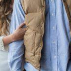 Kamizelka męska – jak ją nosić, aby wyglądać stylowo?
